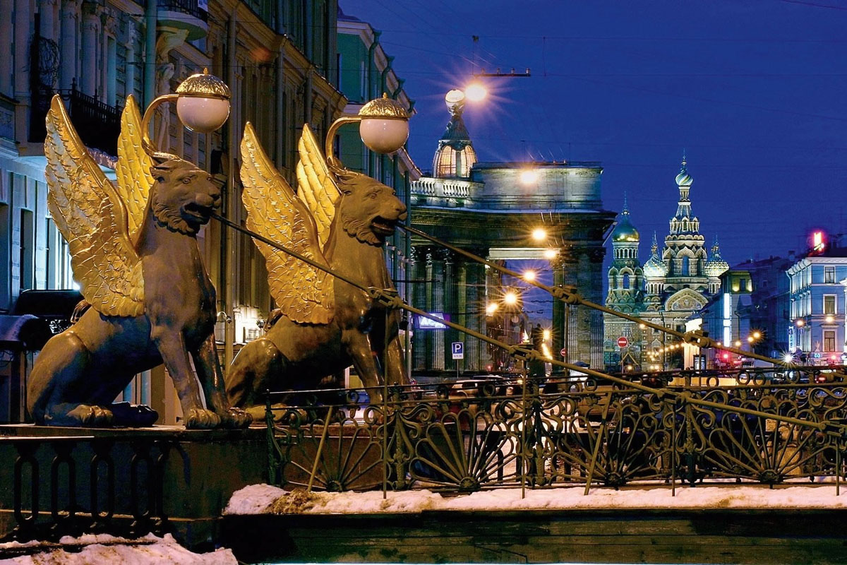 egyptian bridge st petersburg