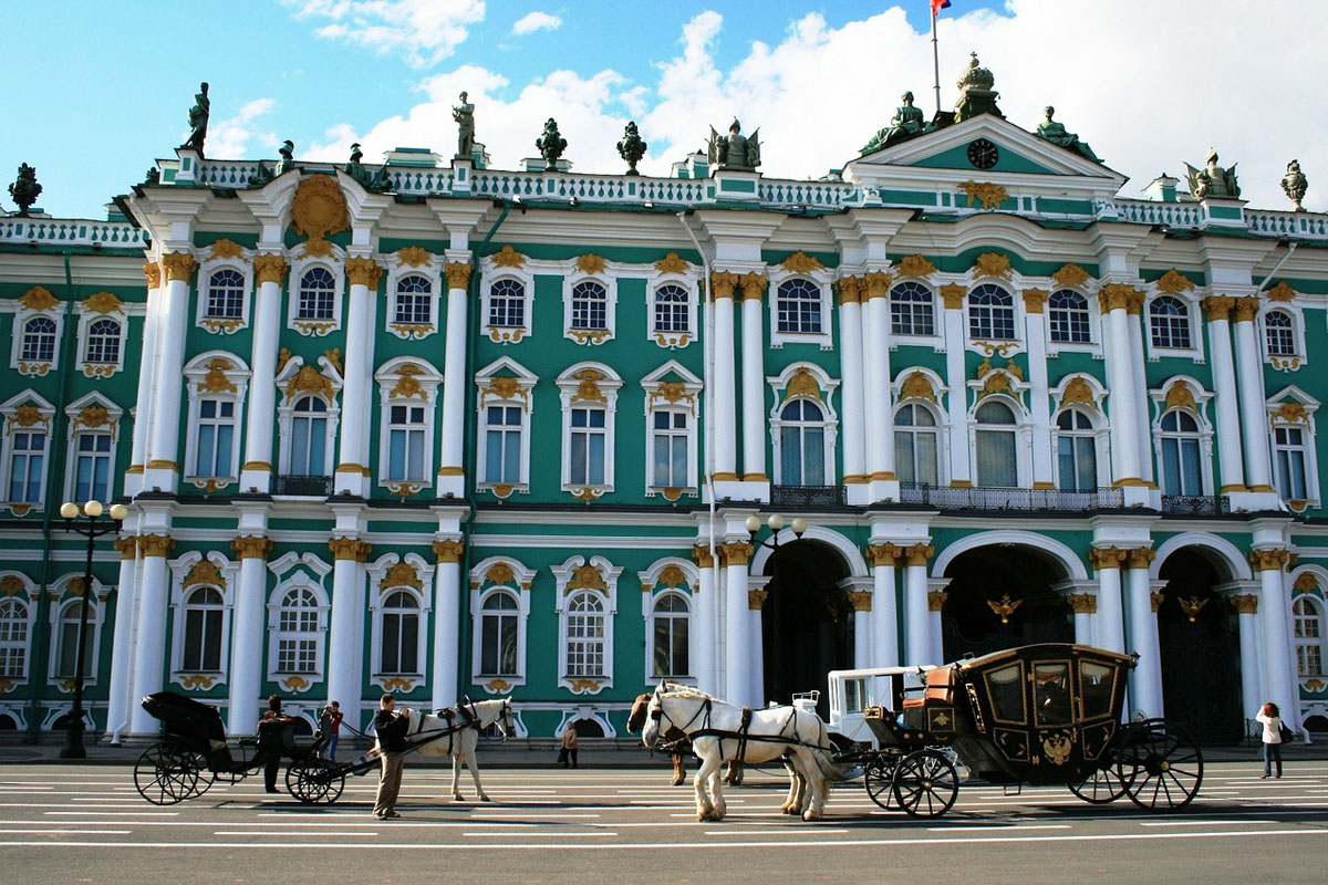 winter palace russia