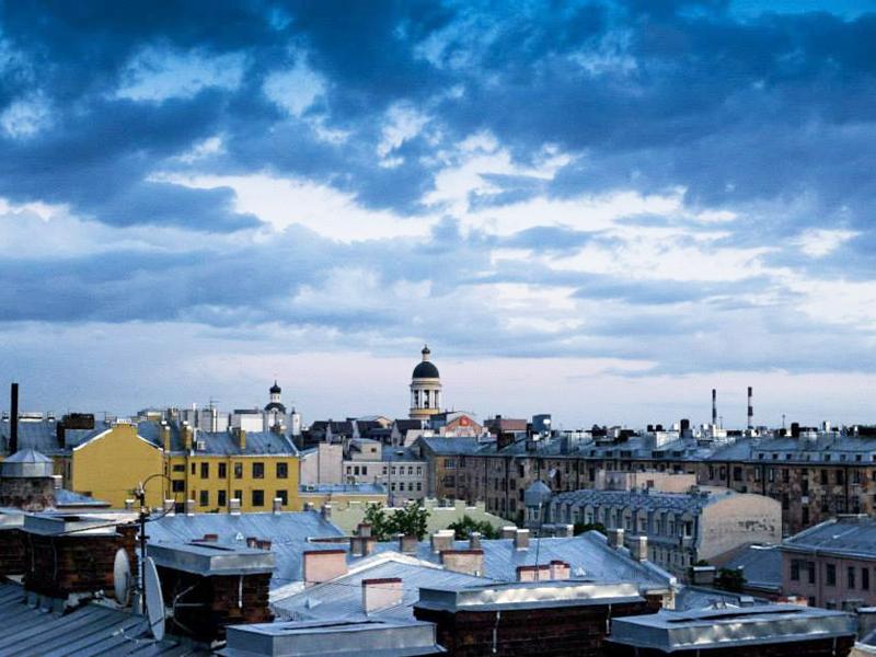 Walking on roof St Petersburg