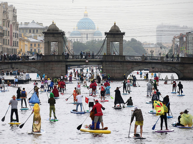 Stand up paddle surfing festival St Petersburg